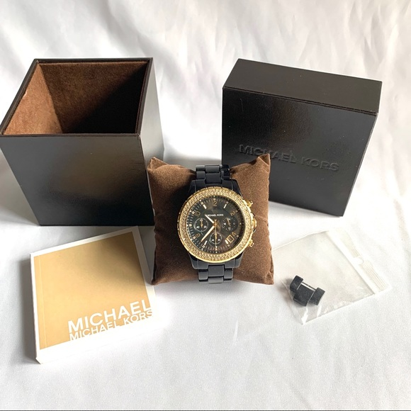 NWOT Michael Kors MK 5301 watch